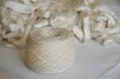Tkani ogrtač, kapa i moja ručno predena svila_3